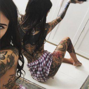 cande tinelli volvio a sorprender con un llamativo tatuaje