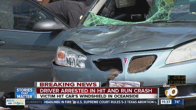Atropelló a un vagabundo y lo llevó muerto sobre el parabrisas del auto.