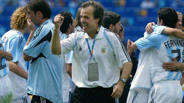 El Loco Bielsa cuando estaba al frente de la selección argentina. (Foto de archivo)