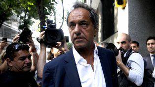 El exgobernador de Buenos Aires Daniel Scioli negó las imputaciones que le hicieron en La cornisa.