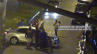 Penoso. El auto donde murió el agresor del médico en Loma Hermosa.