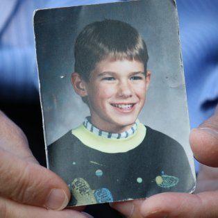 encontraron los restos de un nene que fue secuestrado hace 27 anos en un misterioso episodio
