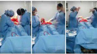 Un cirujano baila al ritmo de un hit de Bruno Mars mientras opera a uno de sus pacientes