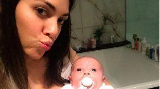 La tierna producción fotográfica de Floopy Tesouro junto a su hija Moorea