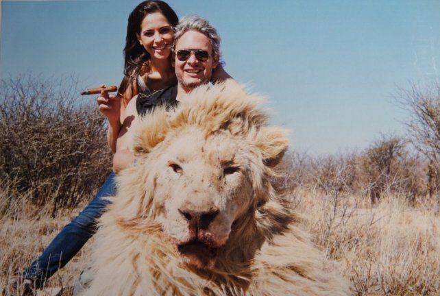 Garfunkel justificó la matanza de animales diciendo que hasta Mandela cazaba