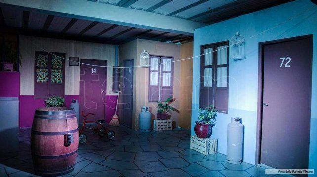 Un tucumano fanático de El Chavo recreó la vecindad y se quedó a vivir en ella