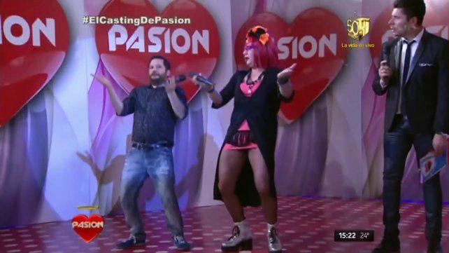 José Ottavis se animó a bailar durante su visita al programa Pasión de Sábado.