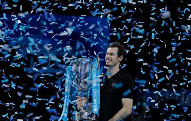 Murray celebra la conquista del Masters por primera vez en su carrera.