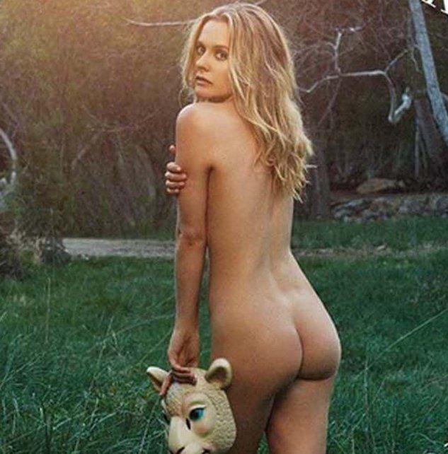 Una actriz de Hollywood se desnudó para concientizar sobre el maltrato a las ovejas
