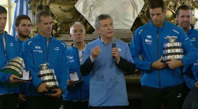 El presidente Macri elogió el logro obtenido por el equipo argentino de Copa Davis.