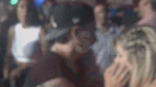 Aparecieron fotos de Fede Bal y Laurita Fernández muy cariñosos en un boliche
