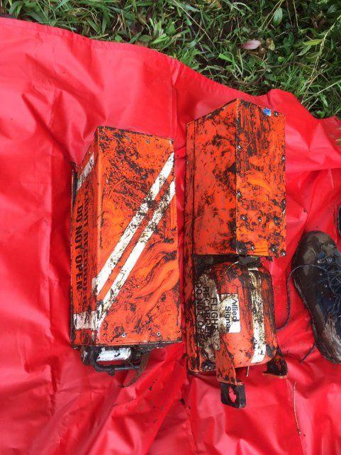 Encontraron las dos cajas negras del avión de la tragedia de Colombia