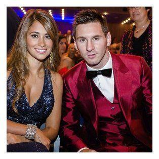 muy juntos. La pareja de rosarinos, durante la entrega del Balón de Oro de la Fifa en 2013.