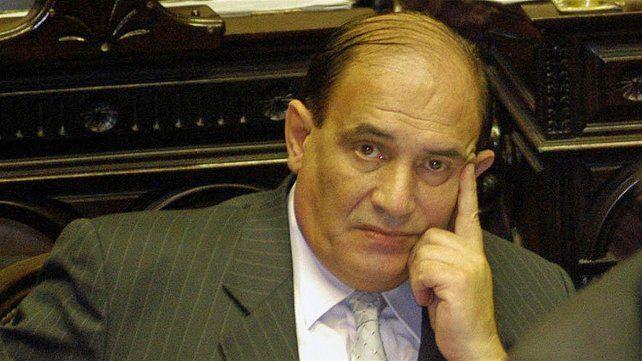 El histórico dirigente del peronismo bonaerense José Maria Díaz Bancalari falleció hoy a los 72 años.