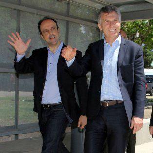 El intendente de Santa Fe, José Corral; el presidente Mauricio Macri, y el gobernador Miguel Lifschitz buscan el equilibrio político en la provincia.
