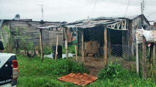 La precaria vivienda donde ocurrió el homicidio a puñaladas.