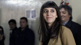 Florencia Kirchner denunció al titular del Banco Central, Federico Sturzenegger por abuso de autoridad.