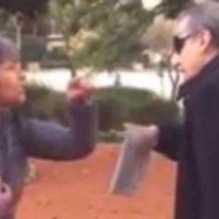 guillermo moreno paso un mal momento al ser increpado por una mujer en una plaza