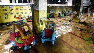 Al menos siete muertos y 66 heridos por una explosión frente a un jardín de infantes