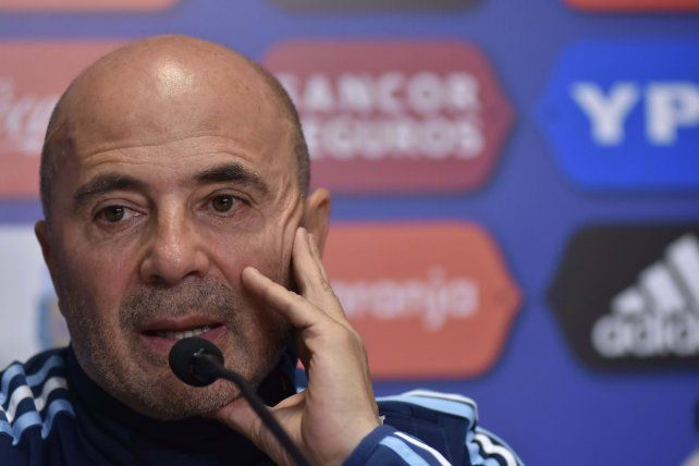 Sampaoli dijo que en la selección el único titular es Messi y que el resto será evaluado