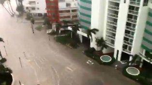 Las impactantes imágenes del mar en las calles de Miami por el huracán Irma