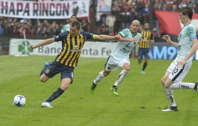 Emblema.Marco Ruben tratará de reencontrarse con el gol. La última vez que anotó fue en el clásico ante Newells en el torneo pasado.
