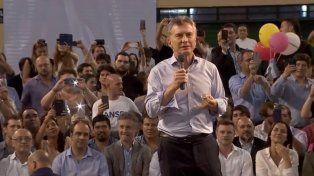 El presidente Mauricio Macri cerró la campaña de Cambiemos en el estadio cubierto de Provincial.
