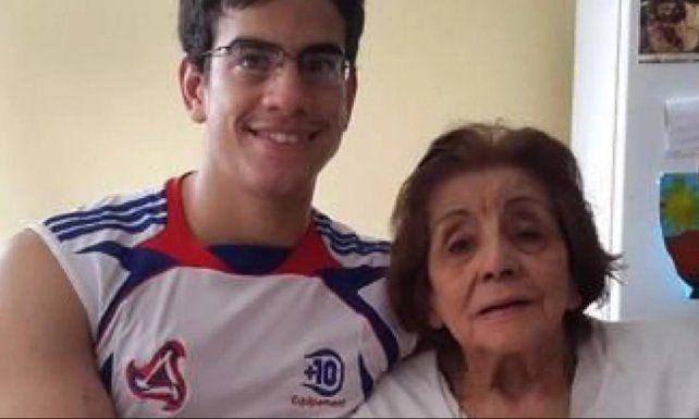 Se casó con su tía abuela de 91 años, enviudó y ahora reclama que le otorguen la pensión