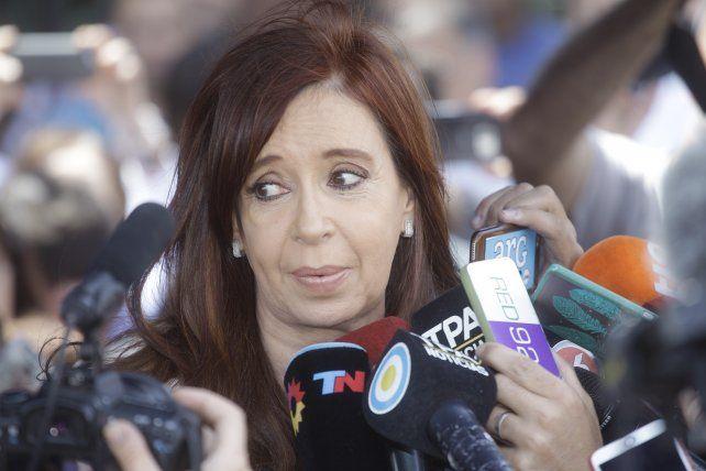 Cristina Fernández quedó al borde del juicio oral por la adjudicación de obra pública
