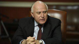 Lifschitz afirmó que el gobierno nacional tiró medidas como con una ametralladora