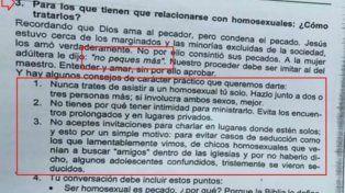 Un colegio de Paraná publicó un material de estudio con contenido homofóbico