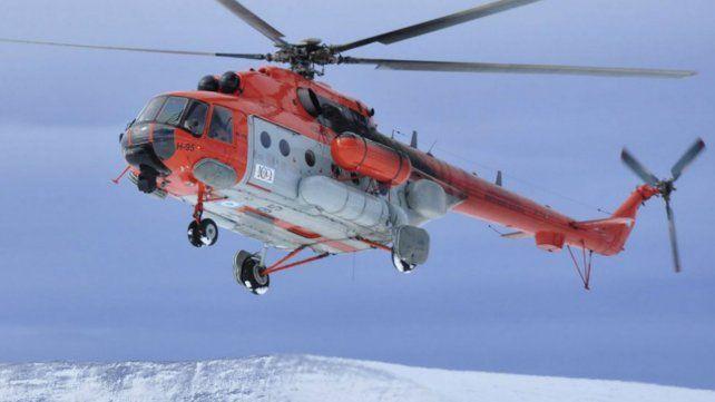 El helicóptero en el que iban funcionarios del gobierno aterrizó de emergencia en Catamarca.