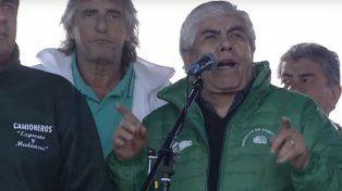 Moyano amenazó con un paro nacional de camioneros para el jueves 14