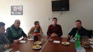 Cónclave. Concejales y gremialistas se reunieron en la sede del Sindicato del Seguro.