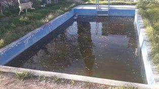 Una nena murió ahogada y otra está grave tras caer en piletas de natación