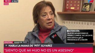 Cristina, la madre de Pity Alvarez, ayer salió a los medios a intentar defender a su hijo. También contó que estaba escribiendo un libro.