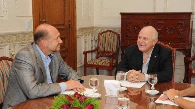 Los equipos técnicos de Lifschitz convoacron a los colaboradores del gobernador electo Omar Perotti para armar el presupuesto 2020.