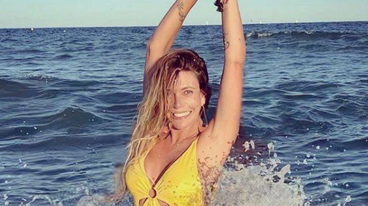 Mónica Ayos se mostró muy hot en las playas de Barcelona