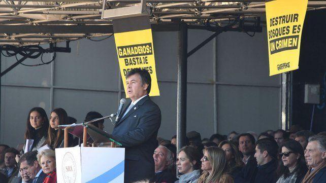 Una protesta de Greenpeace se coló en el palco oficial