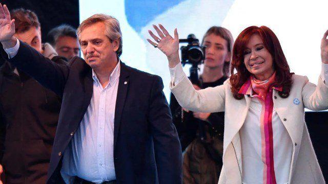 Alberto Fernández y Cristina Fernández de kirchner cierran la campaña de cara a las Paso del domingo en Rosario.