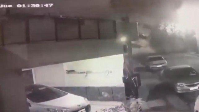 El video del momento en que se derrumba un edificio