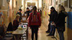 a una hora del cierre de las urnas voto mas del 66 por ciento del padron nacional