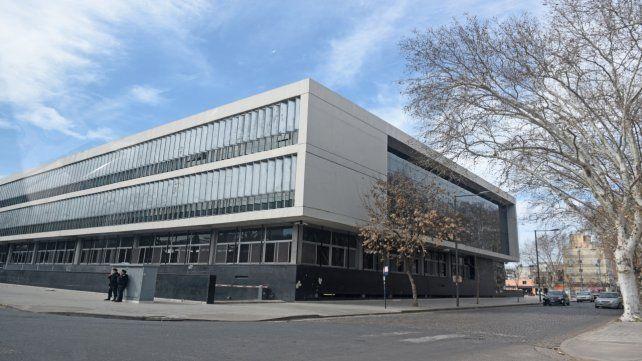 Tribunales. El juicio oral se realiza en el Centro de Justicia Penal ubicado en Sarmiento y Virasoro.