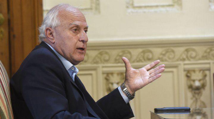 Lifschitz le reclamó a la Nación fondos para auxiliar a municipios y comunas