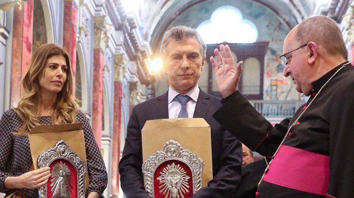 El arzobispo de Salta a Macri: Llévate el rostro de los pobres