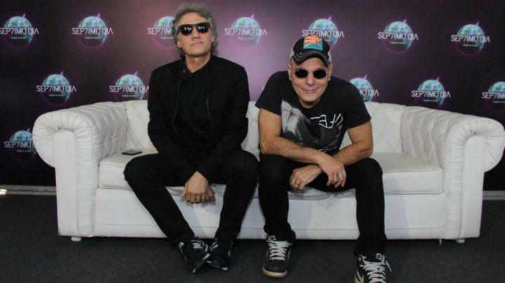 Alberti y Bosio durante la presentación del espectáculo En el séptimo día.