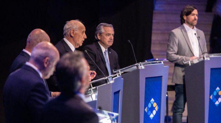 El momento en que Fernández y Macri se robaron la atención en el debate
