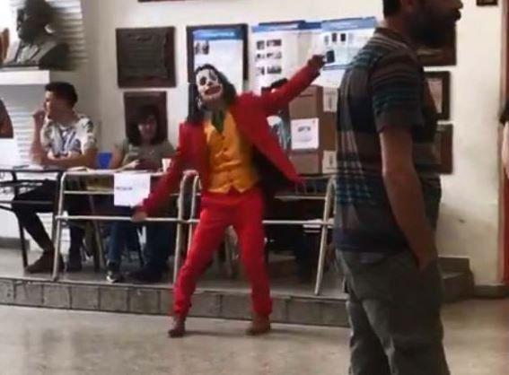 El Joker se hizo presente en la localidad bonaerense de Gerli.