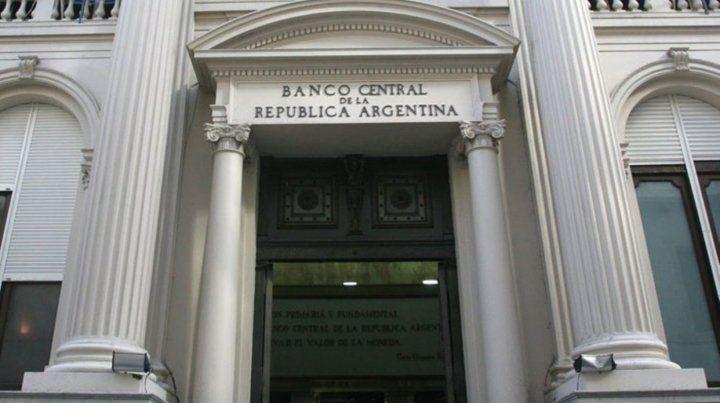 El Banco Central descartó un feriado bancario para mañana
