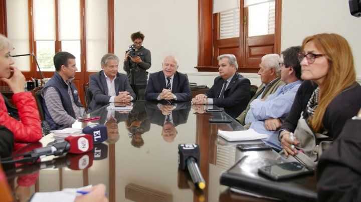 Ambas cámaras legislativas pidieron que envíe el presupuesto